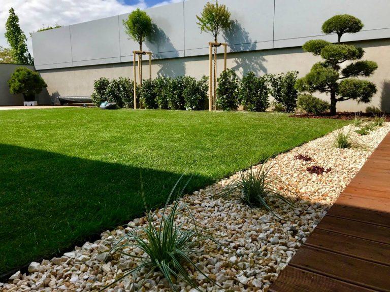 Minimalisticka zahrada