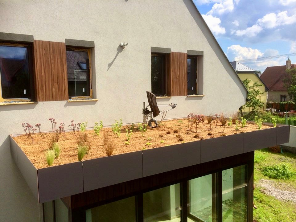 Zelené strechy - Strešné záhrady Realizácie záhrad - DreamGardens Košice